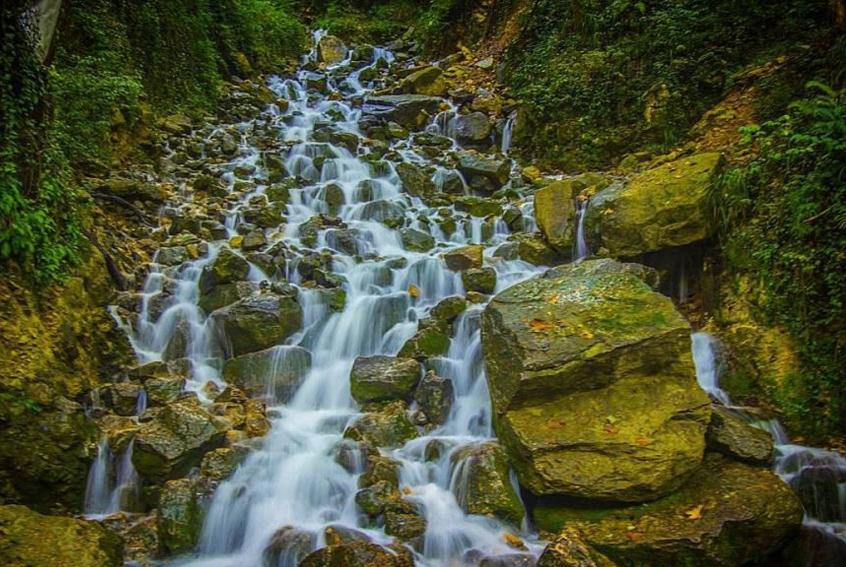 Cascade D'ab-Pari, Cascade Mazandaran-Royan-Abpari.