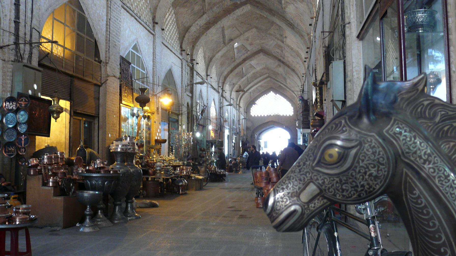 isfahan-bazaar2