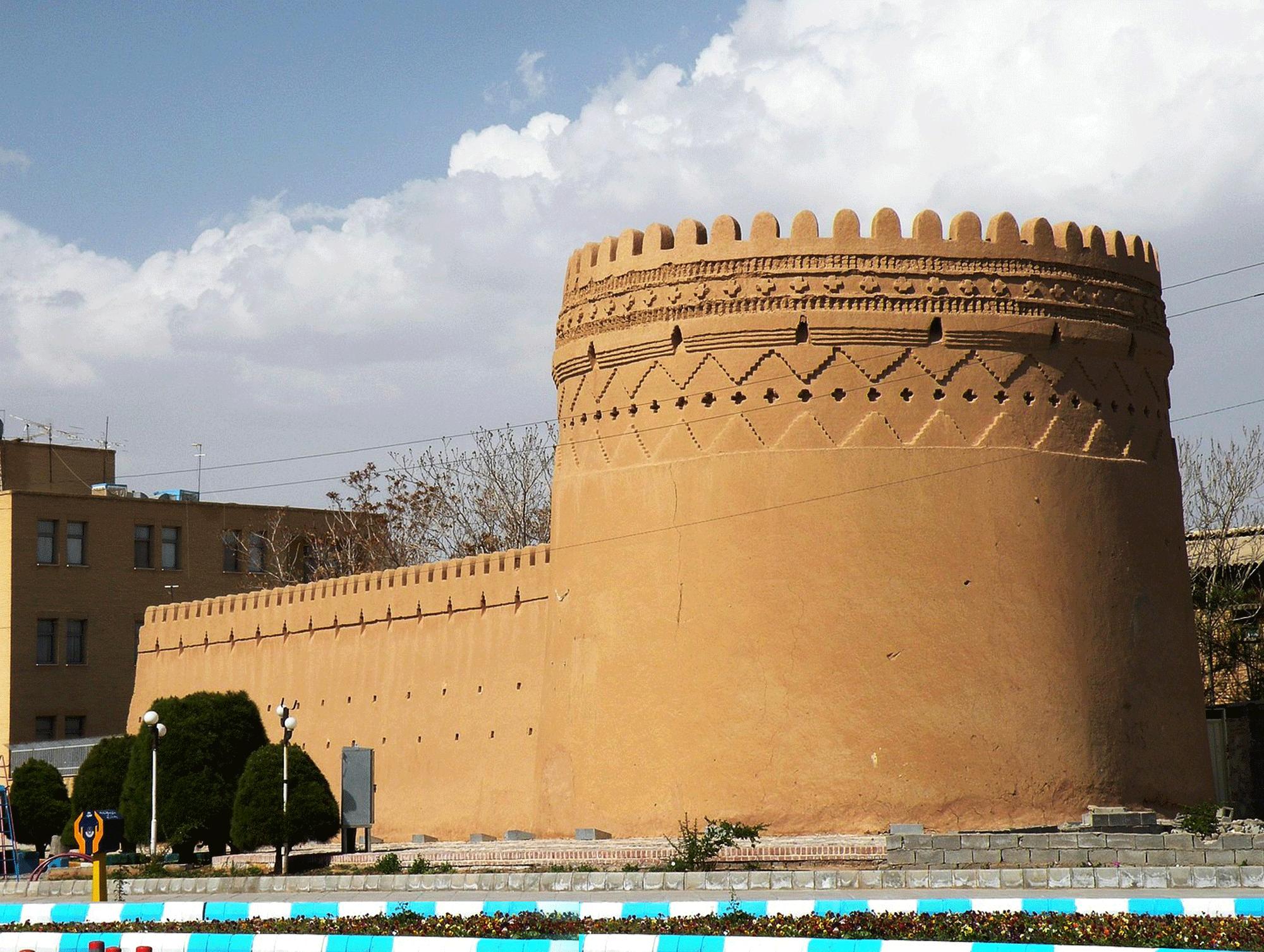 Old-Walls-Of-Kerman