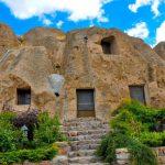 Villaggio Kandovan, casa in montagna - Iran, strutture rocciose a Kandovan.