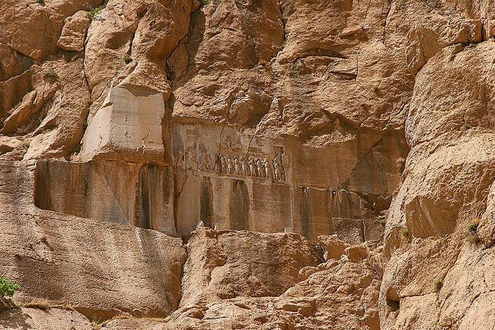 Behistun-Kermanshah-min