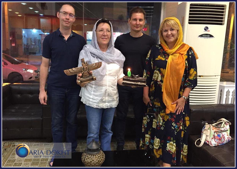 Eco-tourists, Iranian foods, ethnicity, Iranian hospitality, guest, host, Iranian tribes, Nomads,