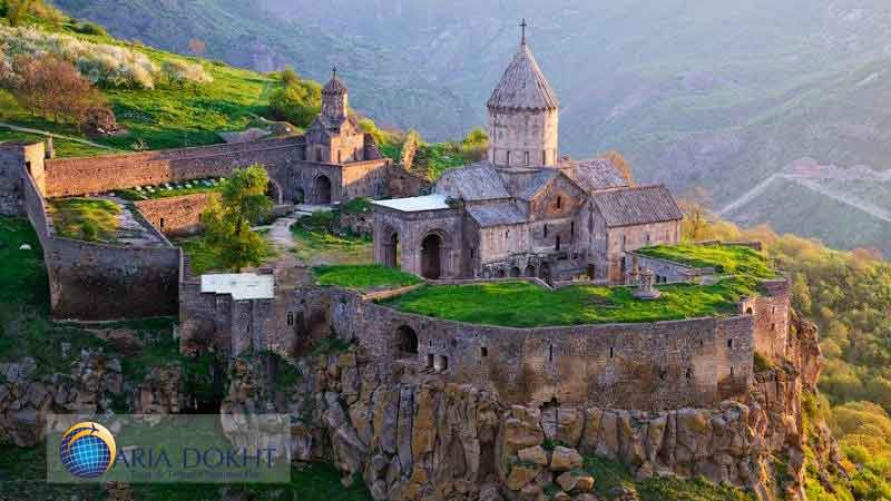 Armenian-churches-of-Iran